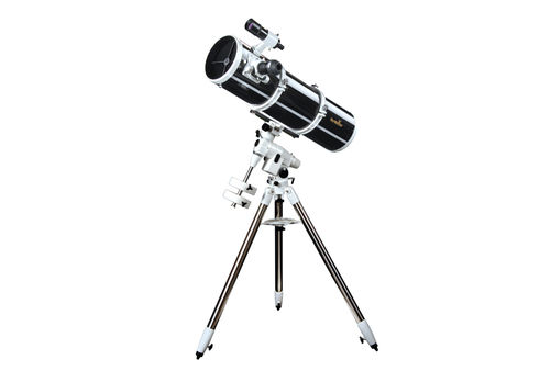 Sky-Watcher - Explorer-200PDS (EQ5) Reflector