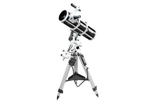 Sky-Watcher - Explorer-150P + EQ3 PRO SynScan™ GOTO Reflector