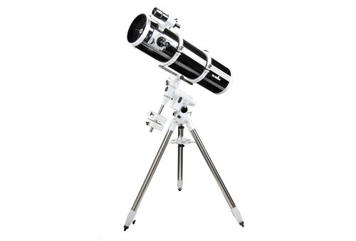 Sky-Watcher - Explorer-200P (EQ-5)Reflector