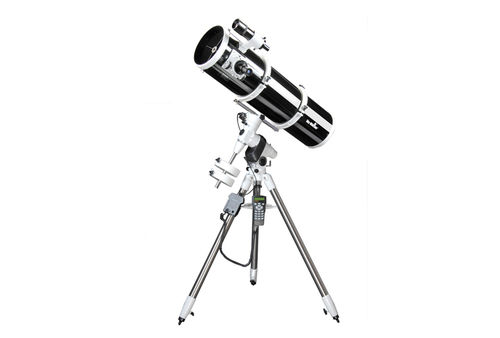 Sky-Watcher - Explorer-200P + EQ-5 PRO SynScan™ GOTO Reflector